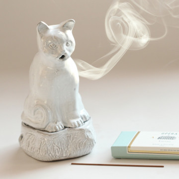 Cat Incense Burner Setsuko